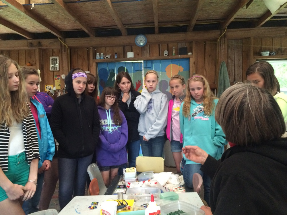 Mari introduces the girls to fused glass