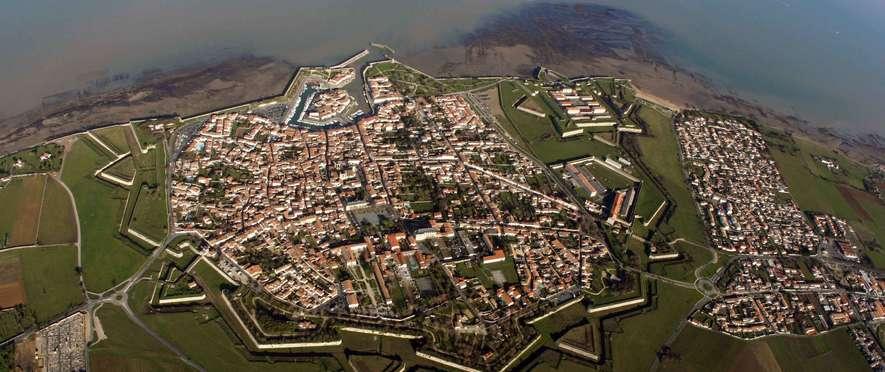 st-martin-vue-aerienne_village_visio.jpg
