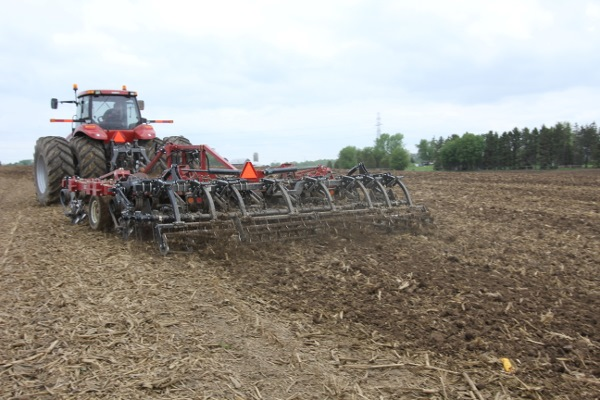 I-4200 Tillage Hybrid Vertical Tillage Rear Photo