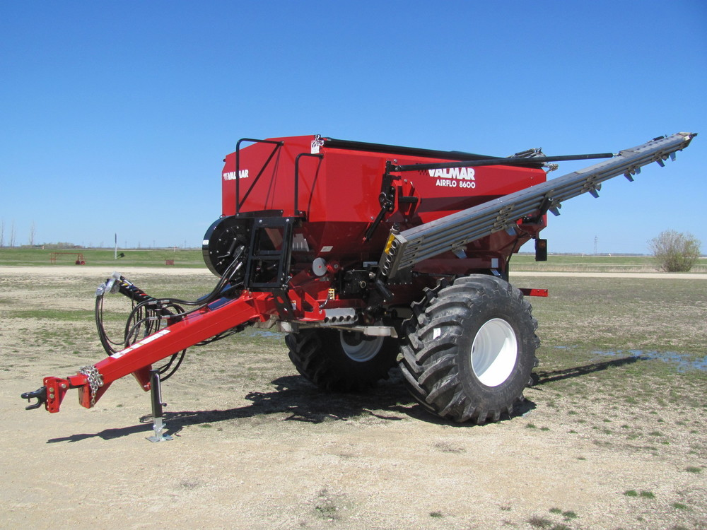 Salford Valmar Airflo 8600 Pull-Type Fertilizer Spreader