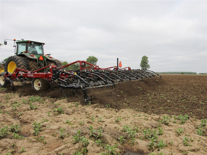 550 S-TINE, TWO-PIECE S-TINE, AND C-SHANK CULTIVATORS