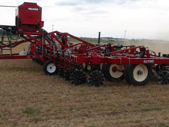 Salford Valmar Cover Crop Seeders Image 1