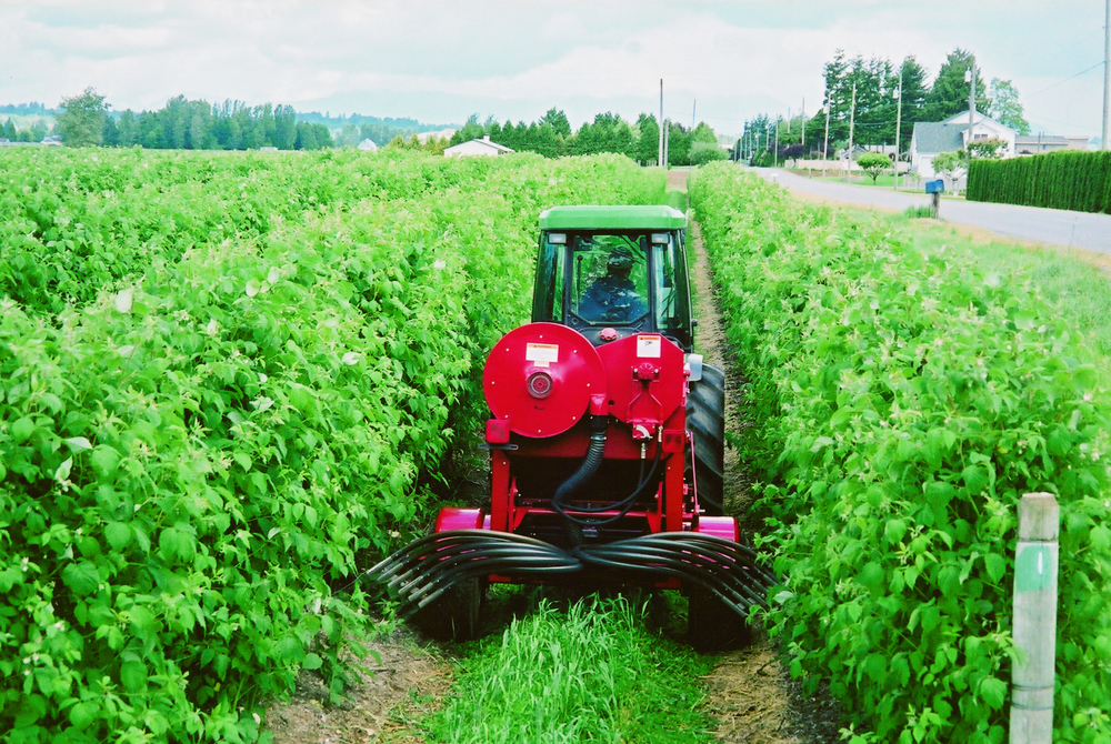 VALMAR 1255 PULL-TYPE INTER-ROW APPLICATOR