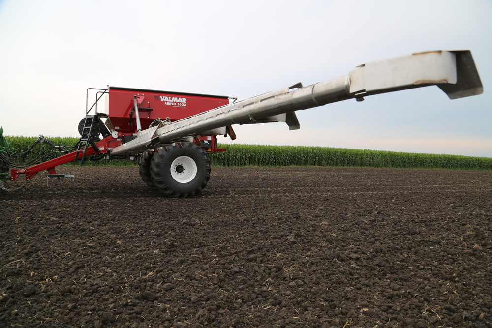 Salford-Valmar-8600-Air-Boom-Applicator