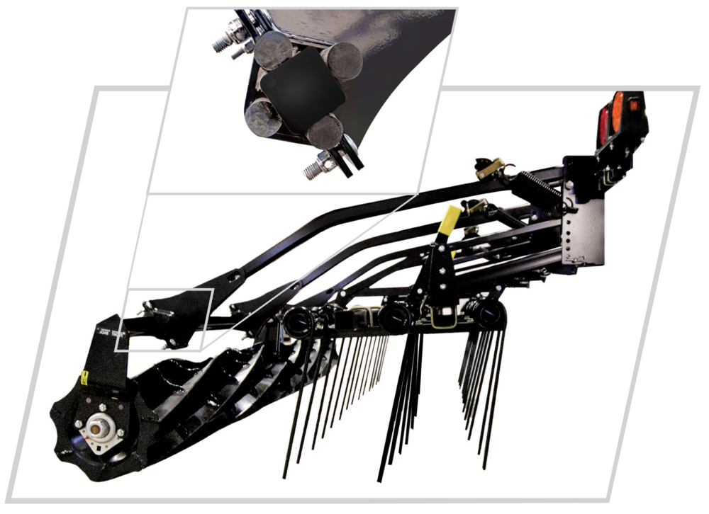 sTANDARD: ADJUSTABLE TINE HARROW AND ROLLING  bASKET WITH RUBBER TORSION SUSPENSION