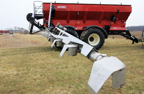 Valmar 9620 Pull-type fertilizer spreader