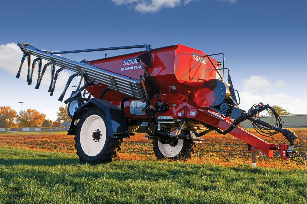 Valmar Airflo 8600 Pull-Type Fertilizer Spreader