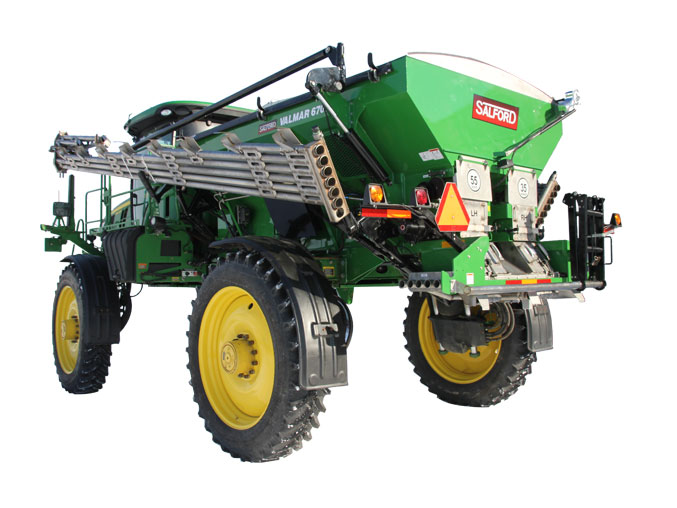 6700 Chassis Mounted Fertilizer Spreader
