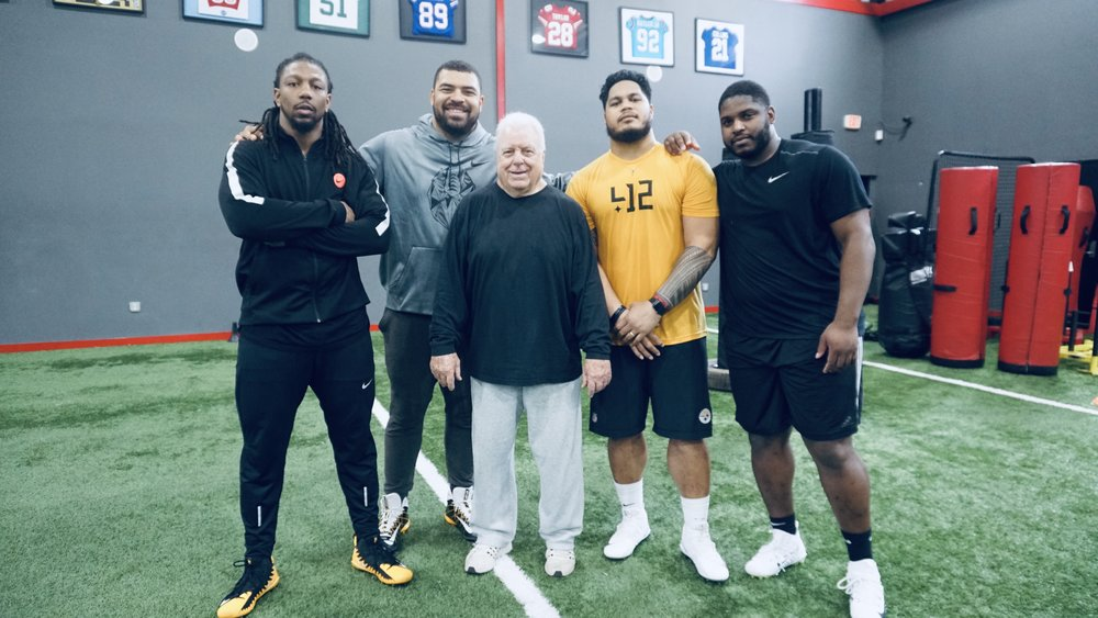 Pittsburgh Steelers Defensive Line 2019 - Pictured: Bud Dupree, Cam Heyward, Coach Pete Jenkins, Tyson Alualu, Javon Hargrave