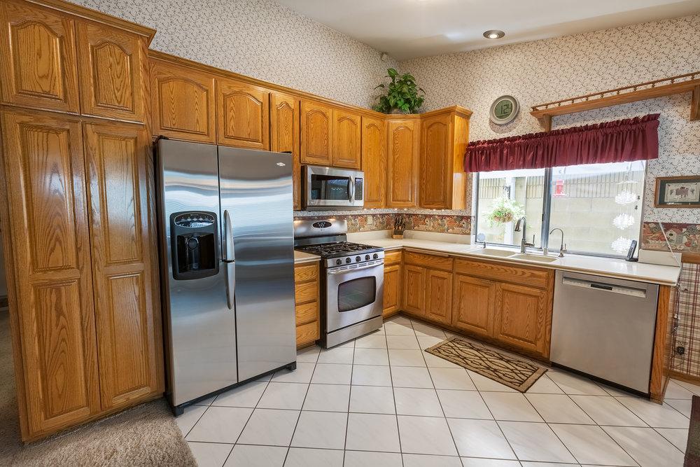 17911_Chaparral_Way-Kitchen.jpg