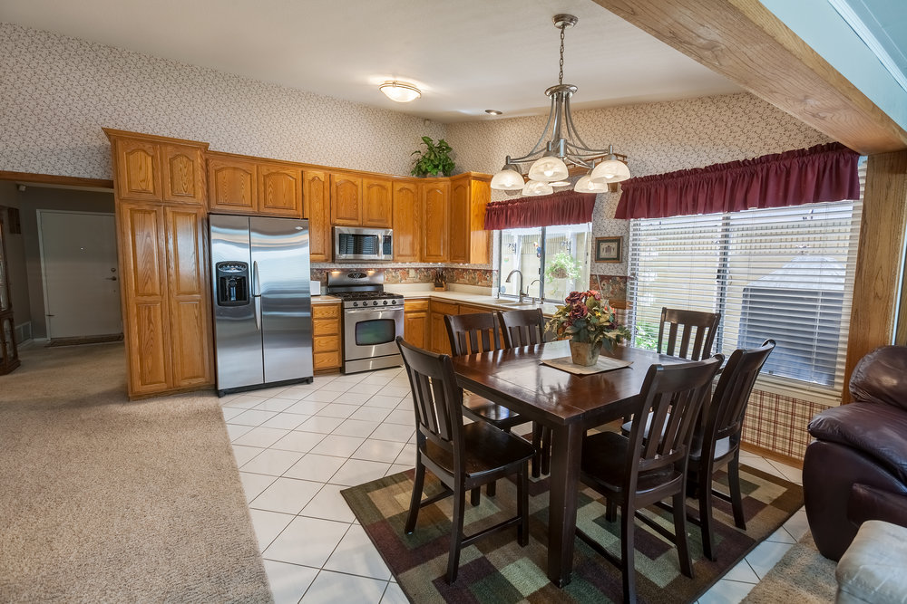 17911_Chaparral_Way-KitchenDining.jpg