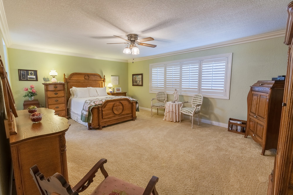 16616_Greenbrook_Cir-MasterBedroom_01.jpg
