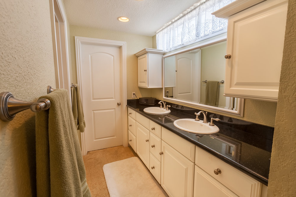 16616_Greenbrook_Cir-MasterBath_01.jpg