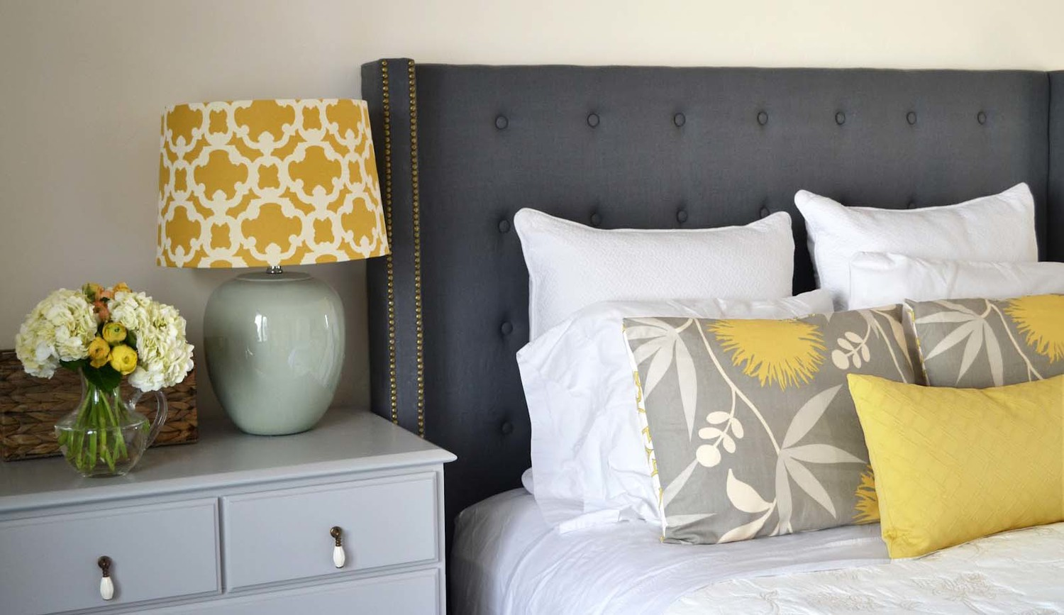 Simple Ways To Decorate Your Bedroom 10 Ridiculously Simple Ways To Jazz Up Your Bedroom Without