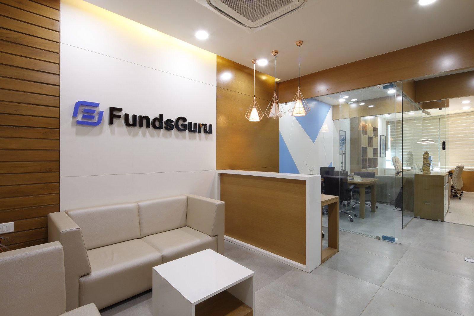 Minimalist Office Interiors For Fundsguru Best Architects Interior Designer In Ahmedabad Neotecture