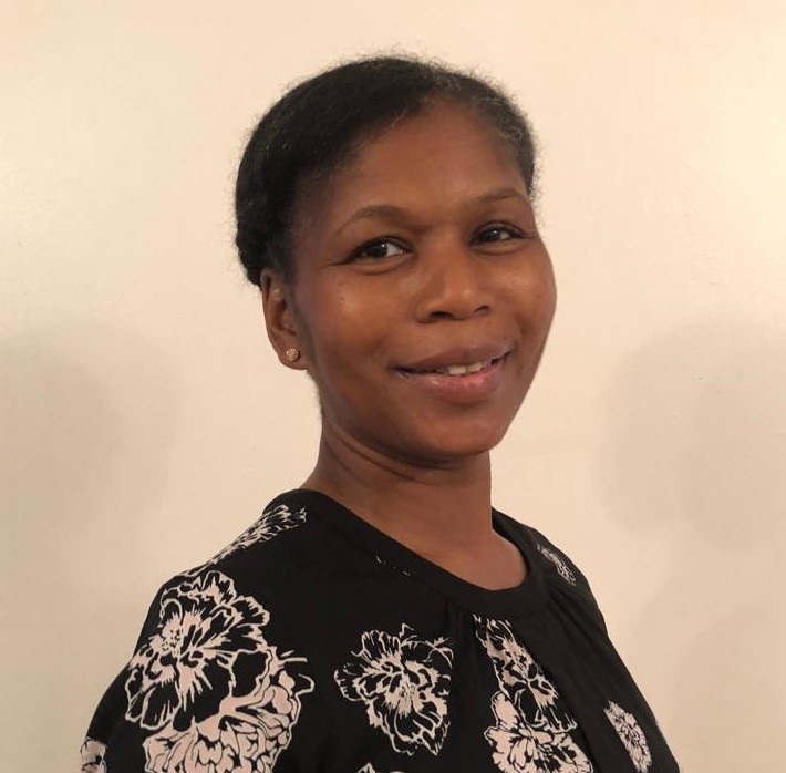 Maureen is a qualified solicitor and decided on a career change which has seen her working with families for the past few years moving into working with families including as a teaching assistant and offering learning support