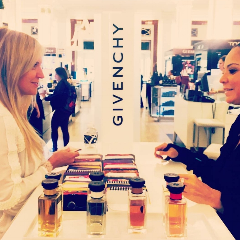 Tarot Card Readings at The Glam Garden event for Givenchy x Saks