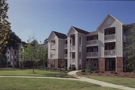 greenwood park apartments construction.jpg