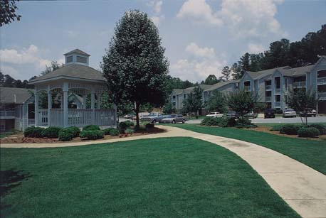 greenwood park apartments.jpg