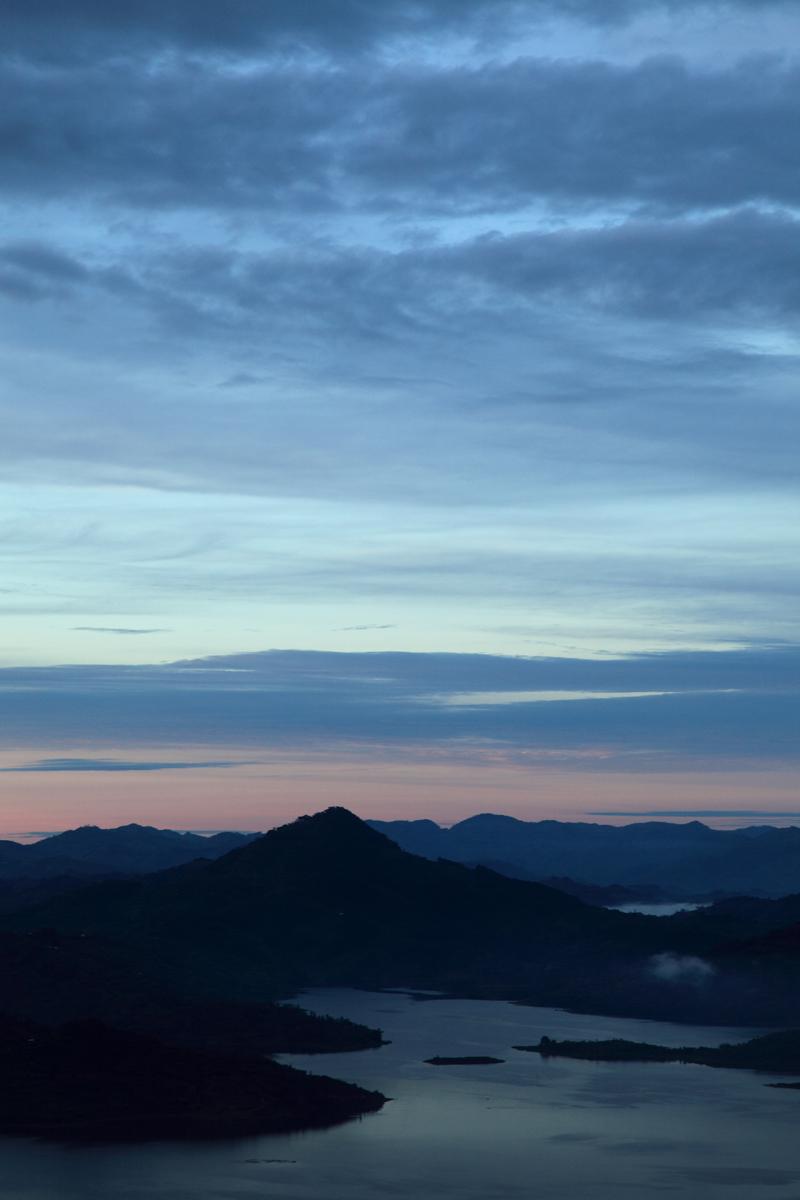 Bin tepeler diyarı Ruanda   Canon 5dMkII + Canon 24-105mm f4.0