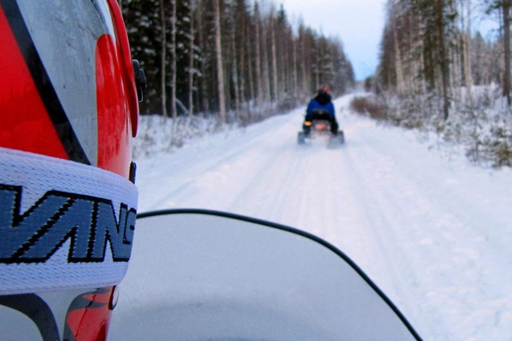 Kar motorlarıyla gezi   Canon 5dMkII + Canon 24-105mm f4.0