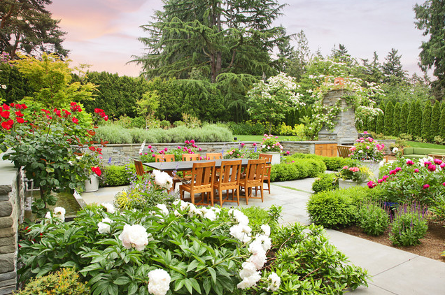 Photo courtesy of Houzz: Kenneth Philp Landscape Architects