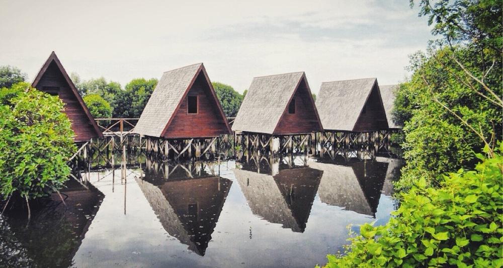 Mangrove Park, PIK, Jakarta  Photo: Kamazka Btara