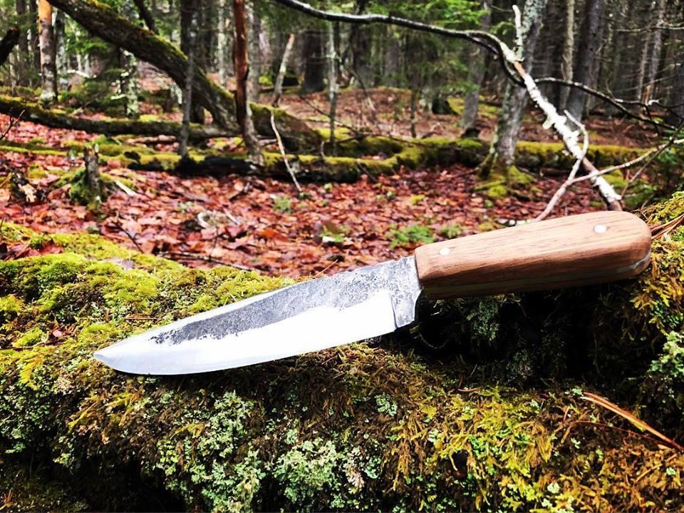 """7 1/2"""" Bowie Knife - Hawaiian hardwood handle, high carbon steel, forge marks."""