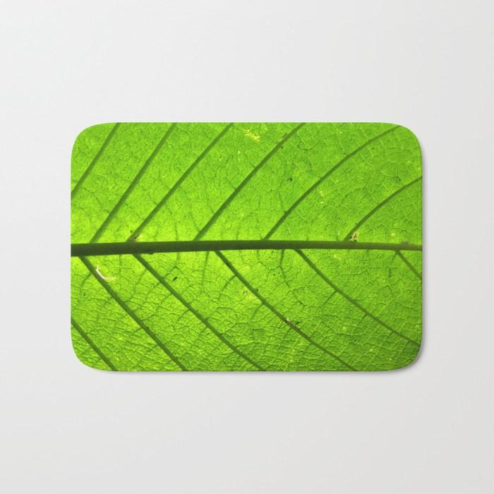 giant-leaf943889-bath-mats.jpg