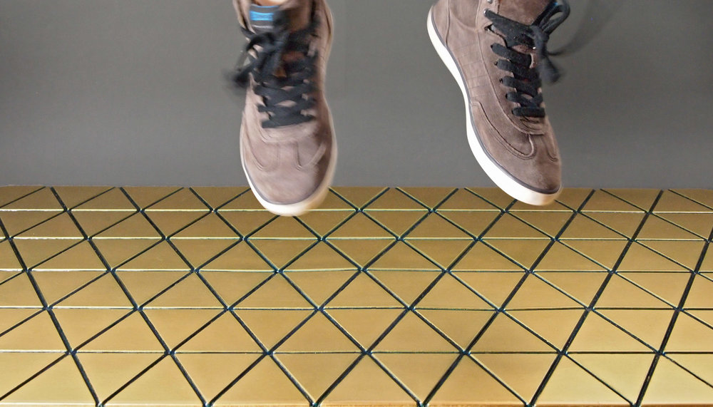 Airea Floor mat Gold jump Colored.jpg
