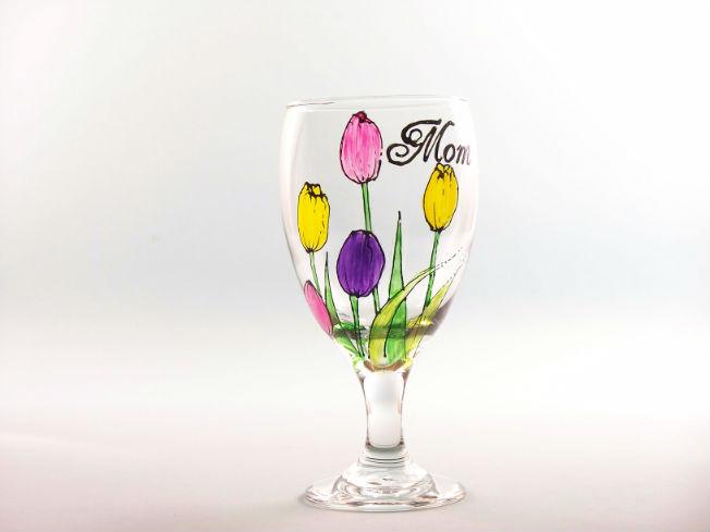 Personalized_Tulip_Goblet.jpg