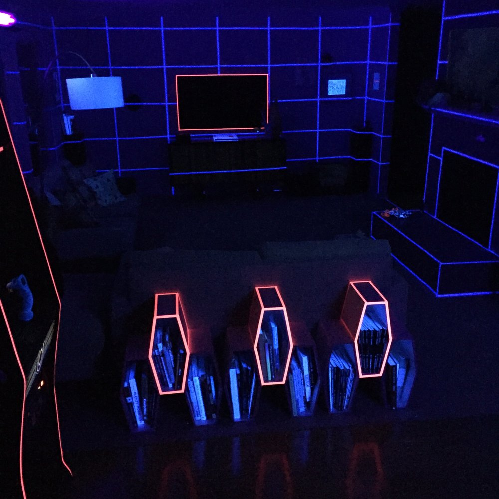 Black light grid