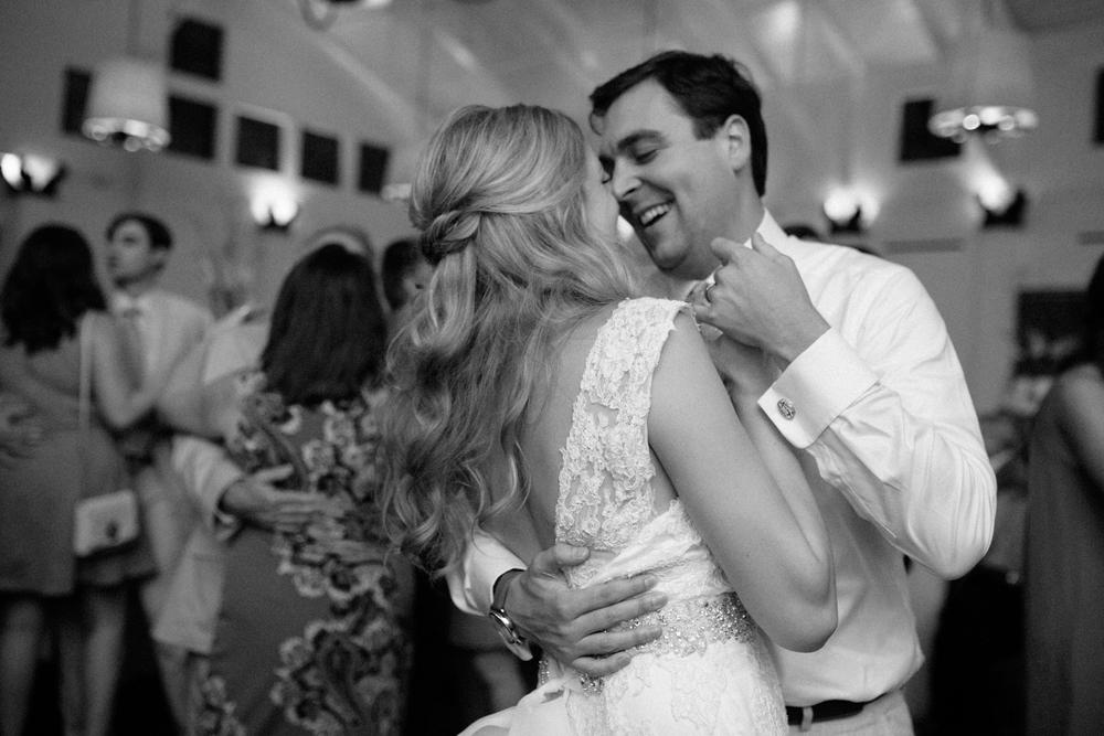 New_Orleans_Wedding_Photographer-122.jpg