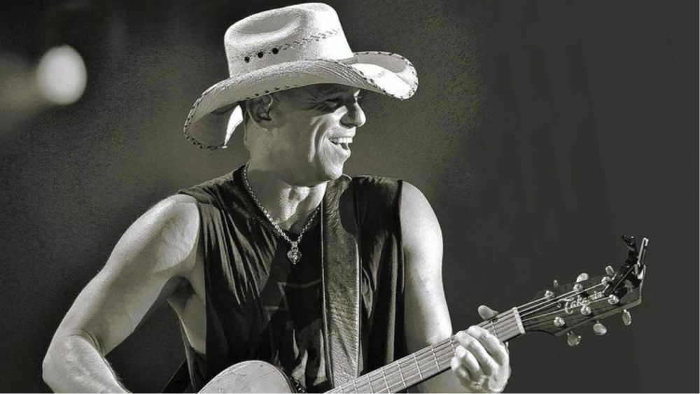 Country music's thougthful superstar Kenny Chesney. (EB Media)