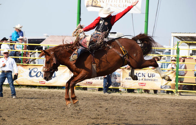 Zeke Thurston tied overall in the saddlebronc competition with Chuck Schmidt.