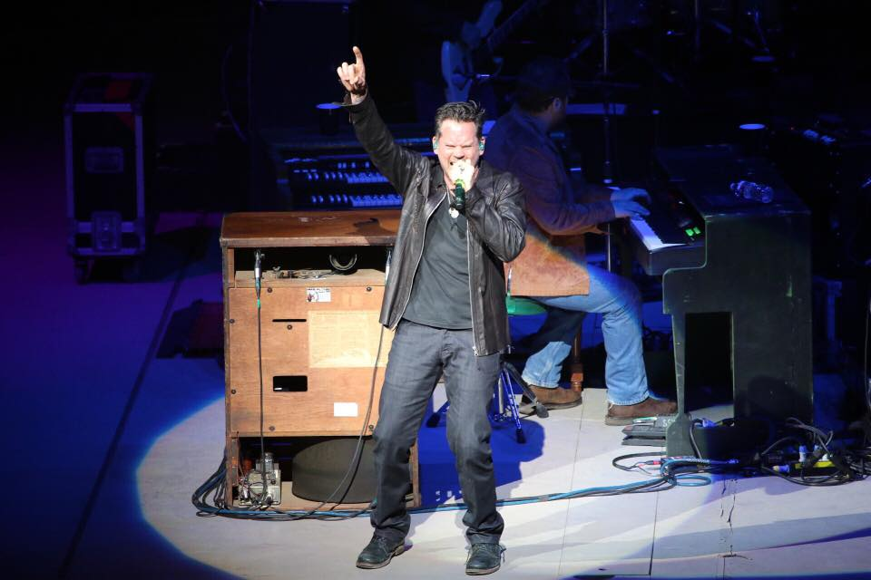 Tonight our friend Gary Allan rocked our revolving stage for the 13th time and we have to say, #13 was AWESOME! #SARodeo