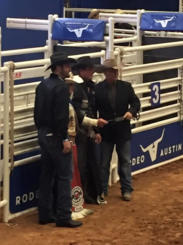 Jake Vold takes the win in the Bareback here at Rodeo Austin!