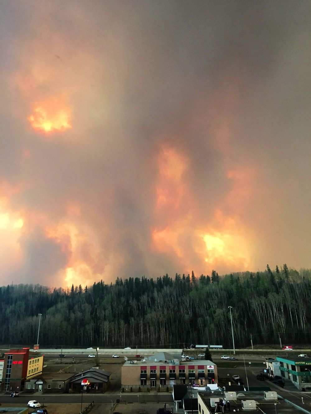 Wildfire burning in Fort McMurray, Alberta on May 3, 2016.GOVERNMENT OF ALBERTA