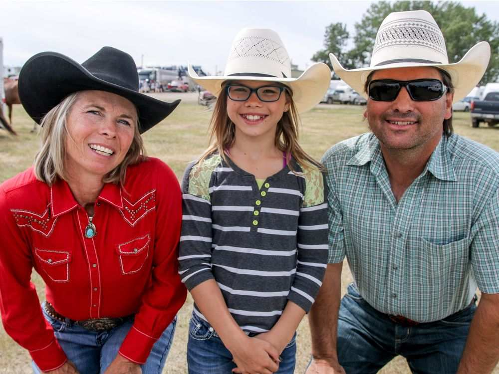 Barrel racer Nancy Csabay with husband Tony and daughter Kate. (Mike Drew/Postmedia)