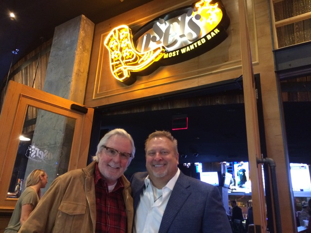 Losers Bar owners Erv Woolsey, left and Steve Ford (Mike Weatherford/Las Vegas Review-Journal)