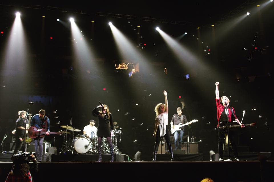What a way to start the weekend!Little Big Town, we always love having you at the #SARodeo!