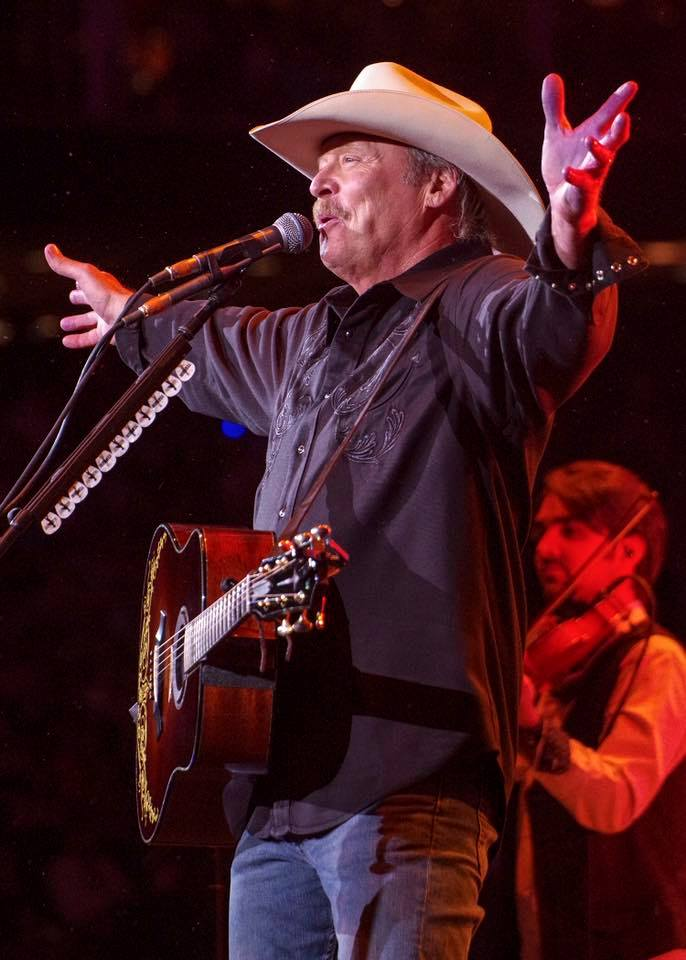 74,259 in paid-rodeo attendance for Alan Jackson's 23rd #RODEOHOUSTON performance!