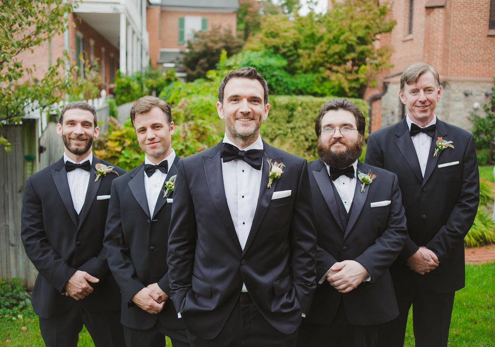 Baltimore Legg Mason Tower Wedding | East Made Event Company Baltimore Maryland Wedding Planner | Photo by Hannah Gunnell2387.jpg