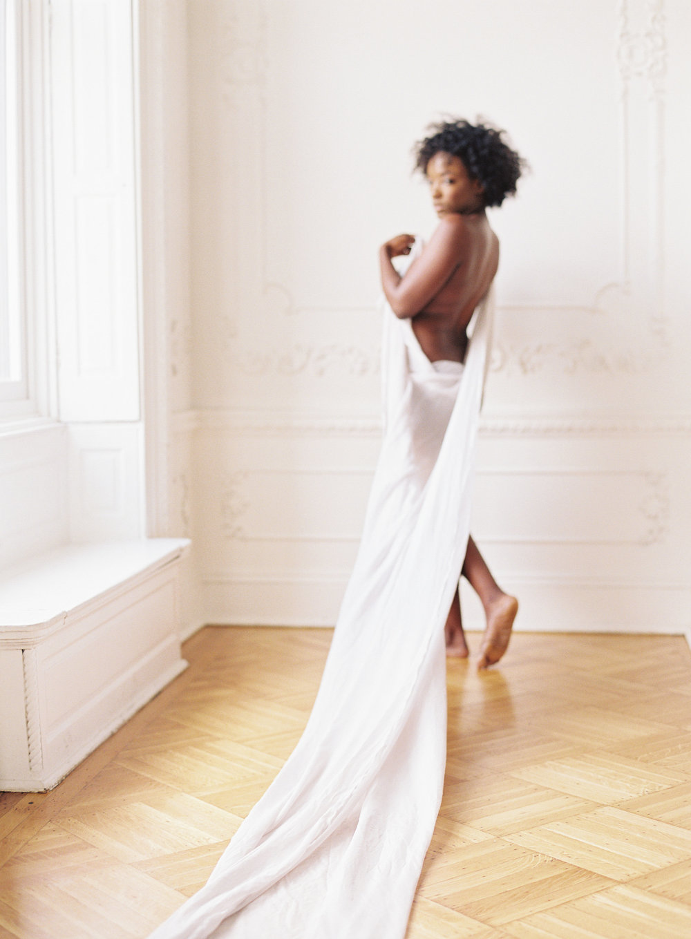 Minimal boudoir photoshoot at the Elephant Restaurant Baltimore with Michael and Carina Photography and fine art luxury wedding planner and stylist East Made Event Company-0010.jpg