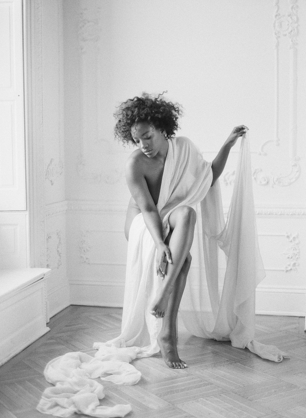 Minimal boudoir photoshoot at the Elephant Restaurant Baltimore with Michael and Carina Photography and fine art luxury wedding planner and stylist East Made Event Company-0021.jpg