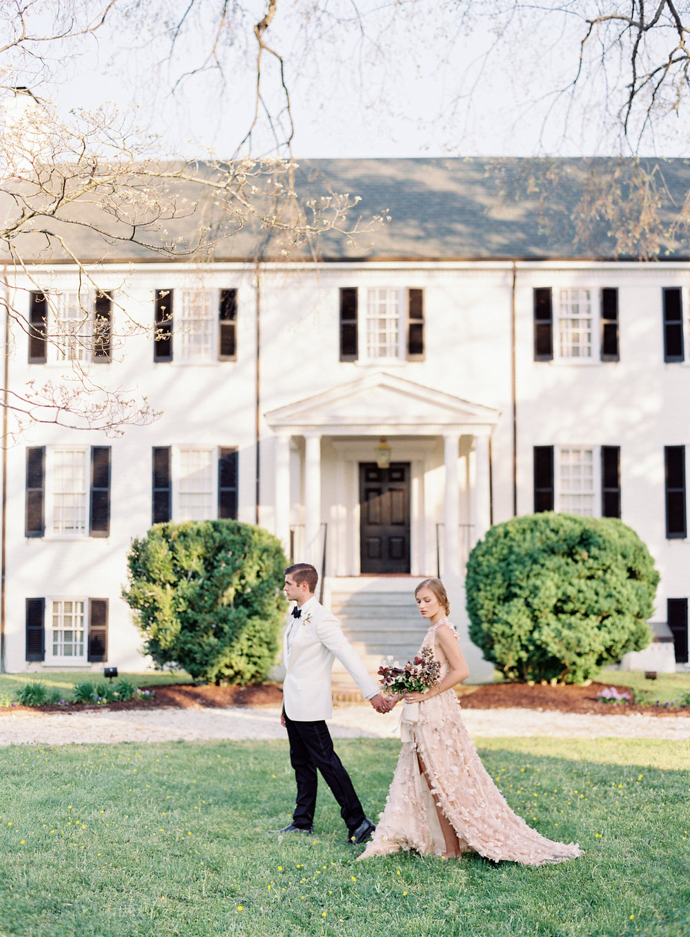 Virginia blush spring wedding at North Point Plantation with Rachel May Photography and East Made Event Company featured on OnceWed-0297.jpg