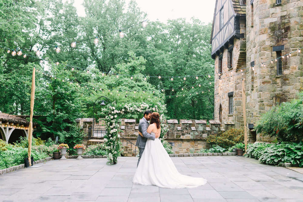 Cloisters Wedding by Nicki Metcalf Photography and East Made Event Company-0080.jpg
