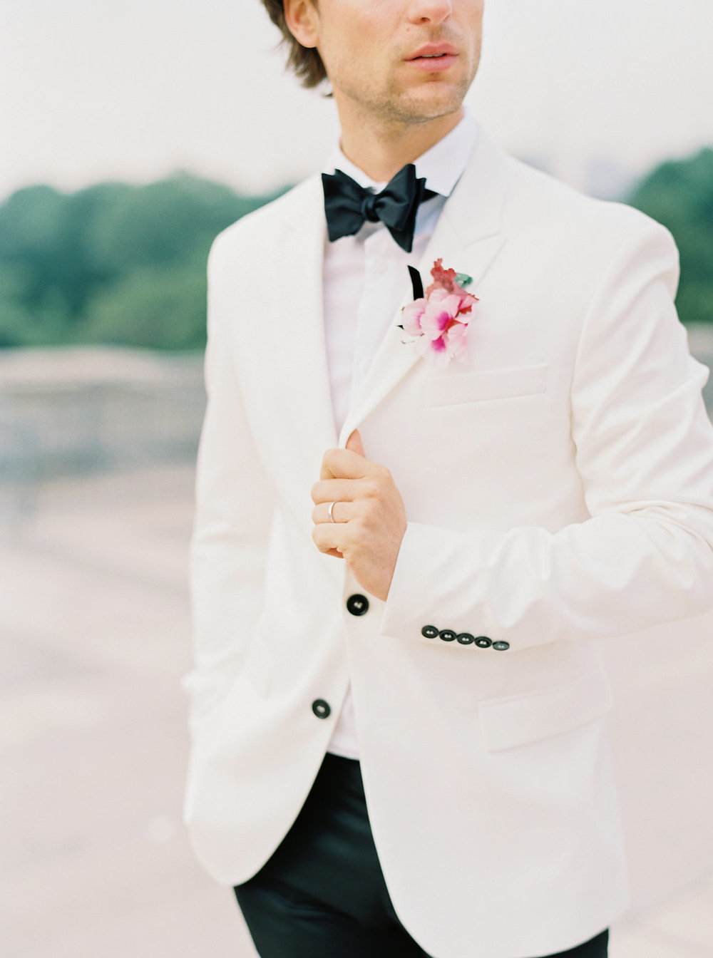 Trocadero Paris Elopement with pink Marchesa gown by East Made Event Company and Sophie Kaye Photography(81of121).jpg