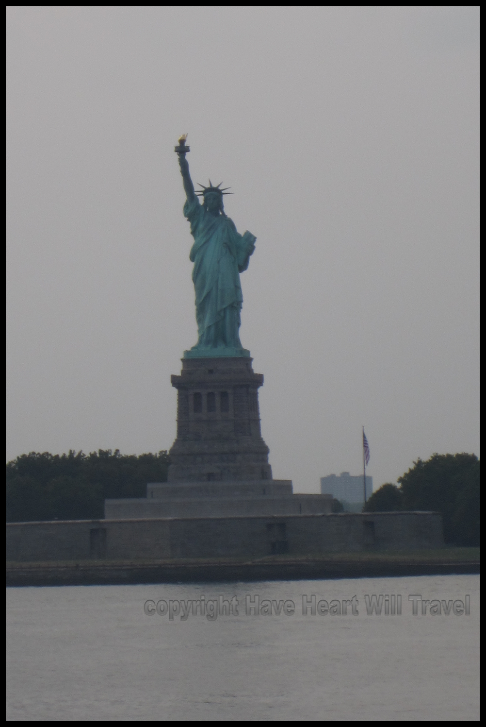 statue of liberty hhwt