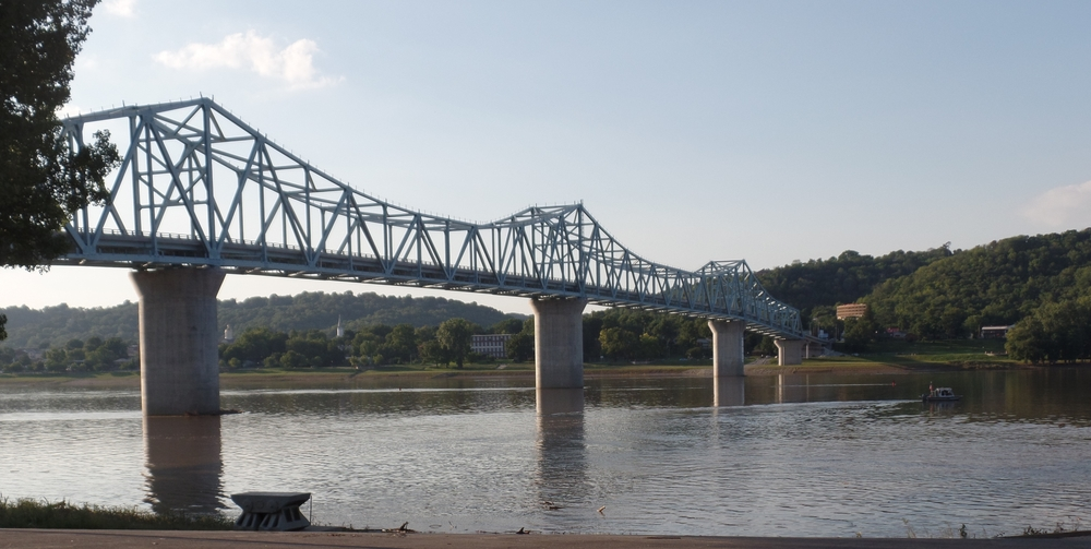 The bridge (or one of them) from Kentucky to Indiana, crossing the Ohio River. Beautiful!